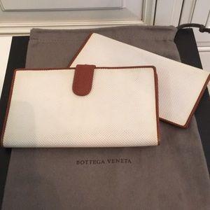 Bottega Veneta wallet/checkbook cover